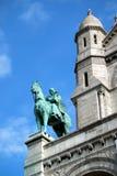 Лошадь и статуя всадника на церков Париже Sacre Coeur Стоковая Фотография