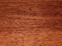 Лощите естественное mahogany Sukupira Материал для интерьера и мебели стоковые изображения rf