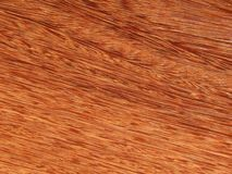 Лощите естественное mahogany Sukupira Материал для интерьера и мебели стоковые фотографии rf