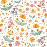 Луг лета вышивки Безшовный ditsy цветочный узор с красивыми вышитыми цветками и листьями на белой предпосылке бесплатная иллюстрация