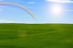 Луг с радугой Стоковые Фотографии RF