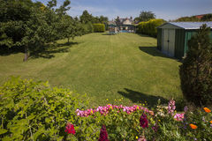 Лужайка сада - Англия Стоковое Фото