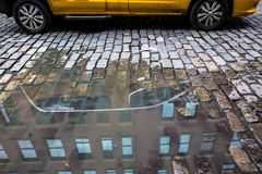 Лужица булыжника такси Стоковое Изображение RF