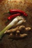 Лук имбиря и весны с перцем chili стоковые изображения