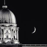 Луна в Будапеште Стоковая Фотография RF