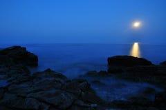 Луна в сини Стоковая Фотография