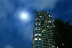 луна города Стоковая Фотография