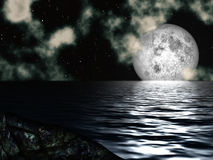 Луна ночного неба над морем Стоковое фото RF