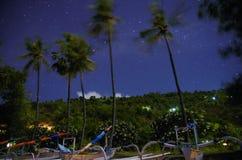 Лунный свет играет главные роли пляж Бали Стоковые Изображения