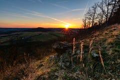 Лучи солнца и своего захода солнца Стоковые Изображения