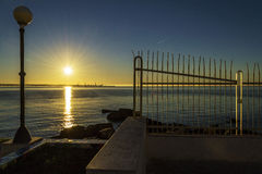 Лучи whit восходящего солнца Стоковые Фотографии RF