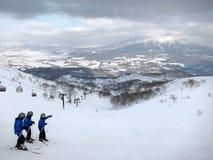 Лыжа в Nesiko, Хоккаидо стоковая фотография rf