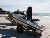 Лыжа двигателя не в рабочем в пляже Стоковое Изображение RF