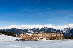 лыжа курорта menuires les Стоковые Изображения RF