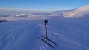 Лыжи Backcountry стоковое изображение