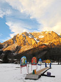 Лыжная школа детей Стоковые Изображения RF