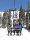 лыжники езды пущи chairlift spruce Стоковые Фото
