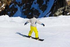 Лыжник на лыжном курорте Инсбруке - Австрии гор Стоковая Фотография