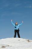 лыжник пика горы девушки Стоковое Изображение