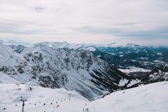 Лыжный курорт в горе, горная вершина, Германия Стоковая Фотография RF