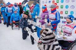 Лыжный марафон 2017 Nikolov Perevoz Russialoppet гонки лыжи имущества искусства-Veretevo 11-ое февраля 2017 ежегодный Гонка Paral Стоковые Изображения