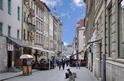 Львов - 16-ое апреля 2015: Львов - исторический центр Украины, a стоковые фотографии rf