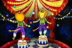 Львы цирка жонглируя с красочными шариками стоковые фотографии rf