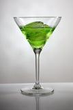 льдед зеленого цвета чашки коктеила Стоковые Изображения