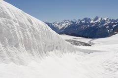 льдед поля elbrus ближайше Стоковые Фото