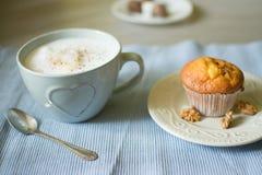 Любимое утро нюх кофе Стоковые Изображения