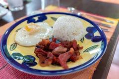 Любимые завтраки филиппинцев - тапы говядины стоковое фото