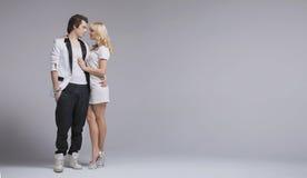 Любимые пары представляя их ощупывания Стоковые Фото