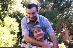 любить пожилых людей пар Стоковые Фотографии RF