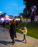 Люблин, Польша - 27-ое июля 2018: Воздушный шар СИД прозрачный с mult стоковое фото rf