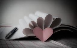 Любовная история ждать быть написанным стоковые фотографии rf