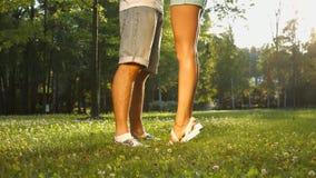 Любовники встречанные в парке акции видеоматериалы