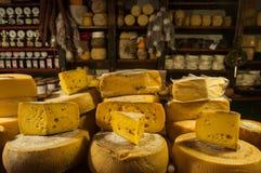 Любовники сыра не будут разочарованы в Tandil, Аргентине Стоковые Фотографии RF