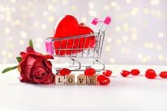 Любовь для продажи как валентинки или концепция свадьбы стоковое изображение