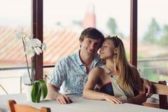 Любящие пары на кафе Стоковое Изображение