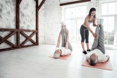 Люди выбытые Active присутствуя на фитнес-клубе Стоковое Фото