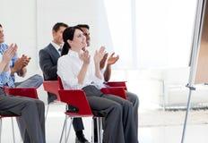 люди конференции дела clapping стоковое фото