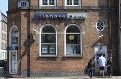 ЛЮДИ НА БАНКЕ ATM DANSKE Стоковая Фотография RF