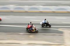 Люди на мотоциклах стоковая фотография