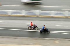 Люди на мотоциклах стоковое изображение rf
