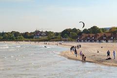 Люди на пляже в Sopot Стоковые Фотографии RF