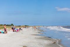 Люди на пляже Стоковые Изображения RF