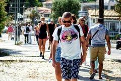 Люди на улице стоковые изображения rf