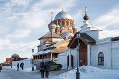 Люди на улице Sviyazhsk, Россия Стоковые Изображения RF