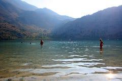 люди озера Стоковое Фото
