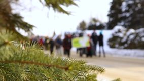 Люди протестуя для окружающей среды сток-видео